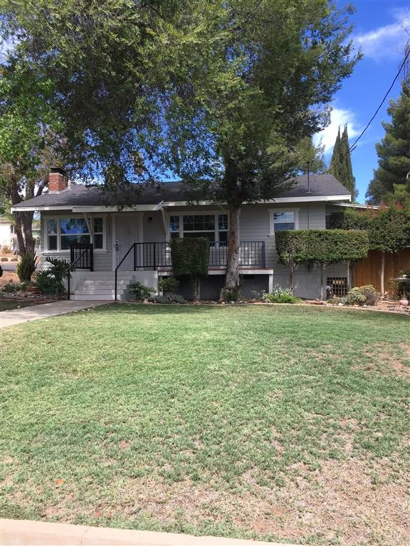 1002 S Broadway, Escondido, CA 92025 (#180046770) :: The Yarbrough Group