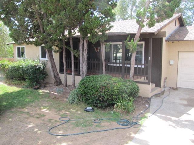 2717 Alta Vista Dr., Fallbrook, CA 92028 (#180048552) :: Kim Meeker Realty Group