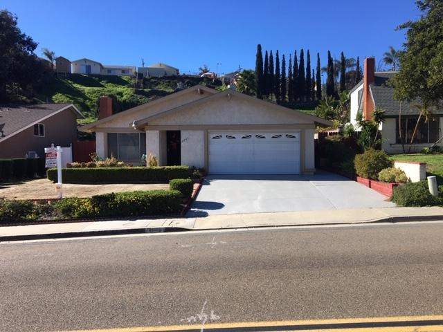 2266 Dusk Drive, San Diego, CA 92139 (#180064678) :: The Yarbrough Group