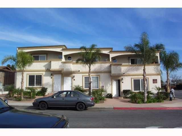 1085 12th Street E, Imperial Beach, CA 91932 (#180066380) :: The Yarbrough Group
