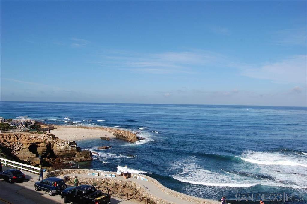 909 Coast - Photo 1