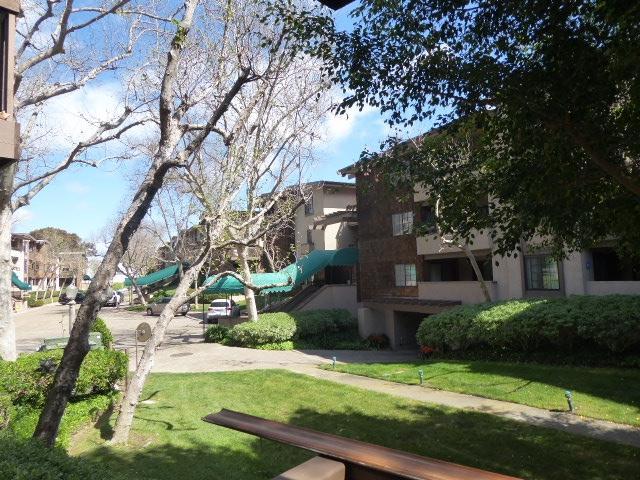 8860 Villa La Jolla Drive #105, La Jolla, CA 92037 (#190018016) :: Neuman & Neuman Real Estate Inc.