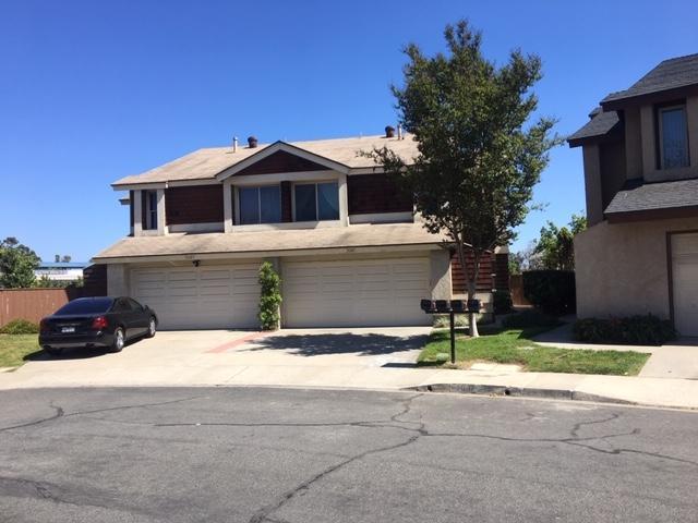7087 Beckington Ln, San Diego, CA 92139 (#190020535) :: Kim Meeker Realty Group