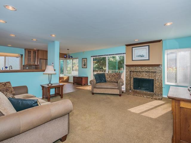 1746 Pala Lake Dr, Fallbrook, CA 92028 (#190021368) :: Farland Realty