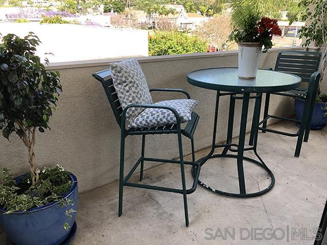 7550 Eads Avenue #402, San Diego, CA 92037 (#190033169) :: Whissel Realty