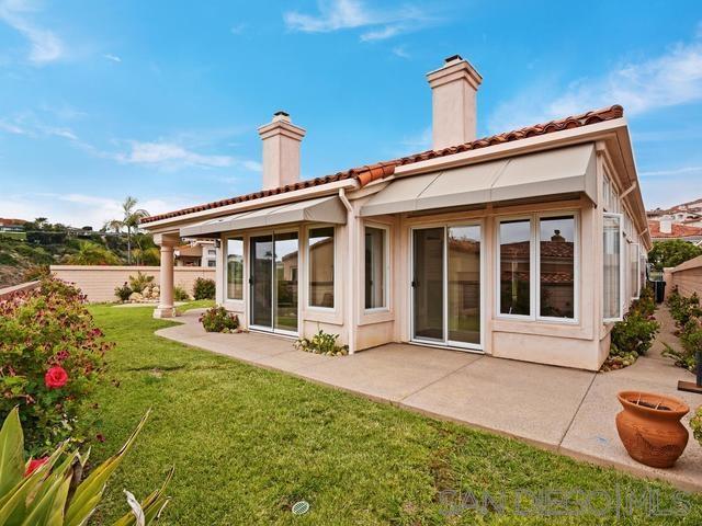 1305 Caminito Faro, La Jolla, CA 92037 (#190035945) :: Neuman & Neuman Real Estate Inc.