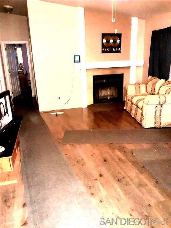 2667 Angel Drive, Boulevard, CA 91905 (#200000669) :: Neuman & Neuman Real Estate Inc.