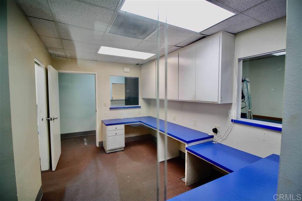 910 Ohio Avenue, Suite 104 - Photo 1