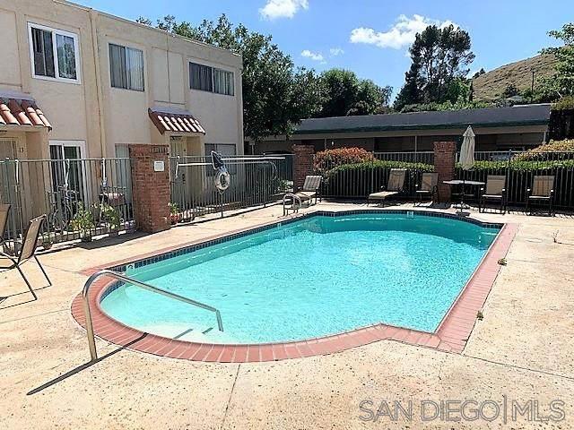 8120 Winter Gardens Blvd #19, Lakeside, CA 92040 (#200023375) :: Neuman & Neuman Real Estate Inc.