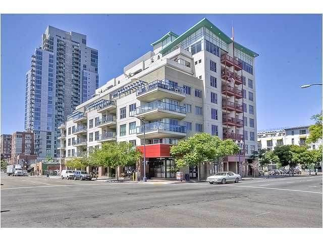 658 9th Ave, San Diego, CA 92101 (#200030120) :: Compass