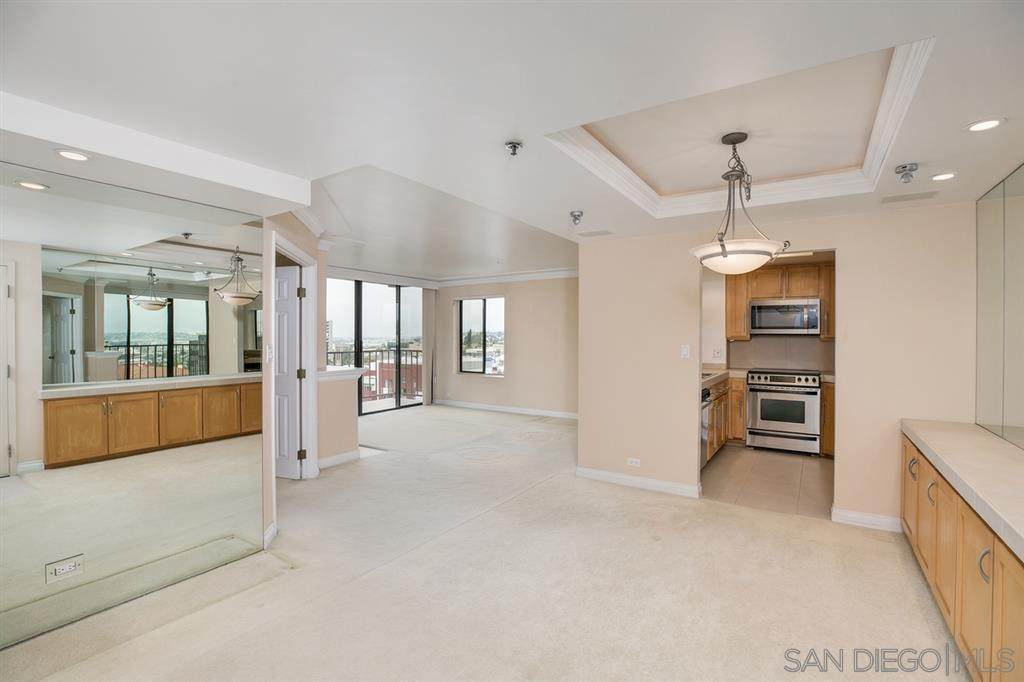 1514 7th Ave - Photo 1