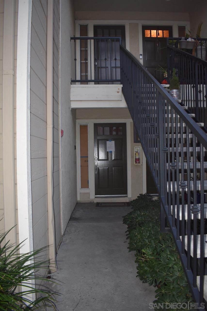 3555 Grove St - Photo 1