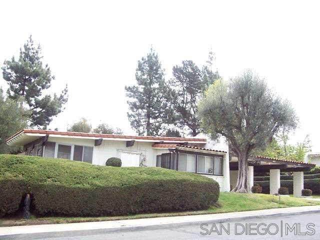 16761 Meandro Dr, San Diego, CA 92128 (#210016402) :: SunLux Real Estate