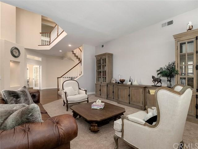 24578 Ebelden Avenue, Newhall, CA 91321 (#300971700) :: Coldwell Banker Residential Brokerage