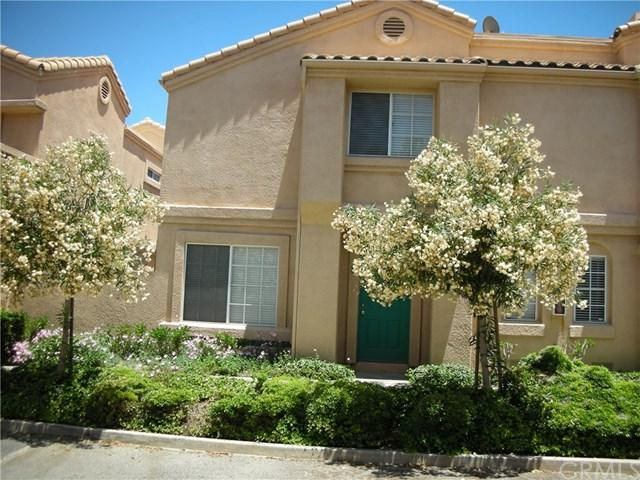 18846 Vista Del Canon Drive B, Newhall, CA 91321 (#301185227) :: Coldwell Banker Residential Brokerage