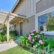 7223 Newton Way, Stanton, CA 90680 (#301551369) :: Coldwell Banker Residential Brokerage