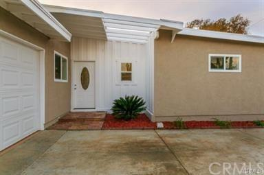 1710 W Willits Street, Santa Ana, CA 92703 (#301557066) :: Whissel Realty