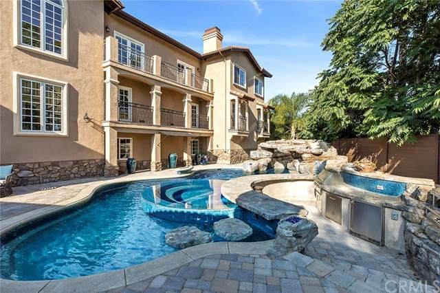 9082 Loma Street, Villa Park, CA 92861 (#301585618) :: Whissel Realty