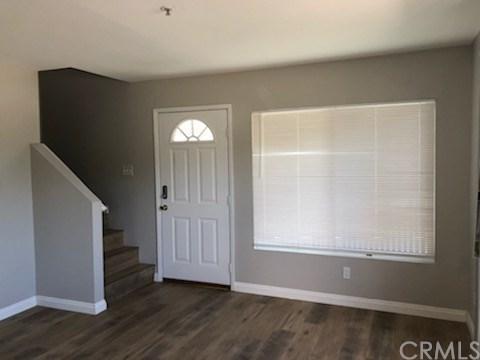8760 Burnet Avenue #1, North Hills, CA 91343 (#301591521) :: Coldwell Banker Residential Brokerage