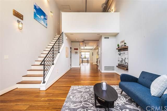 671 N Poinsettia Street, Santa Ana, CA 92701 (#301606307) :: Coldwell Banker Residential Brokerage