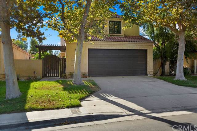 8570 Creekside Place, Rancho Cucamonga, CA 91730 (#301610950) :: Whissel Realty