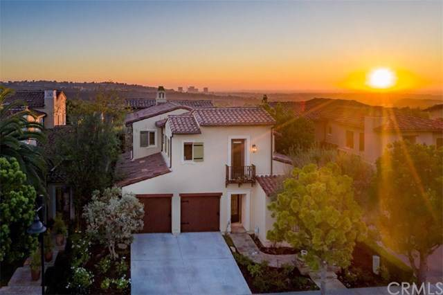 25 Tall Hedge, Irvine, CA 92603 (#301612737) :: Whissel Realty