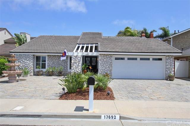 17692 Gainsford Lane, Huntington Beach, CA 92649 (#301616131) :: Coldwell Banker Residential Brokerage