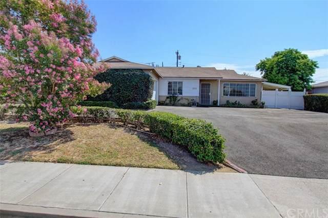 2412 E Commonwealth Avenue, Fullerton, CA 92831 (#301625535) :: COMPASS