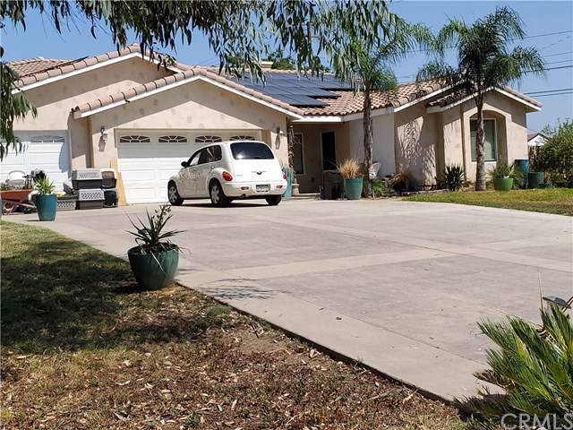 17141 Wood Road, Riverside, CA 92508 (#301632295) :: Compass