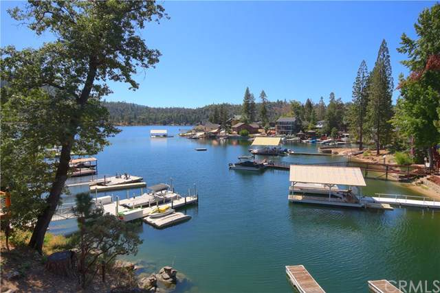 54106 Road 432, Bass Lake, CA 93604 (#301635140) :: Whissel Realty