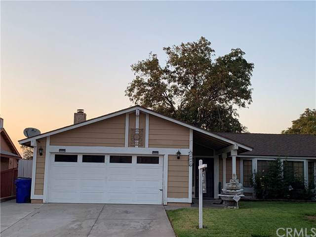 14448 Glenoak Place, Fontana, CA 92337 (#301636331) :: Whissel Realty