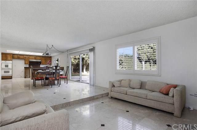 15502 Sunburst Lane, Huntington Beach, CA 92647 (#301692760) :: Whissel Realty