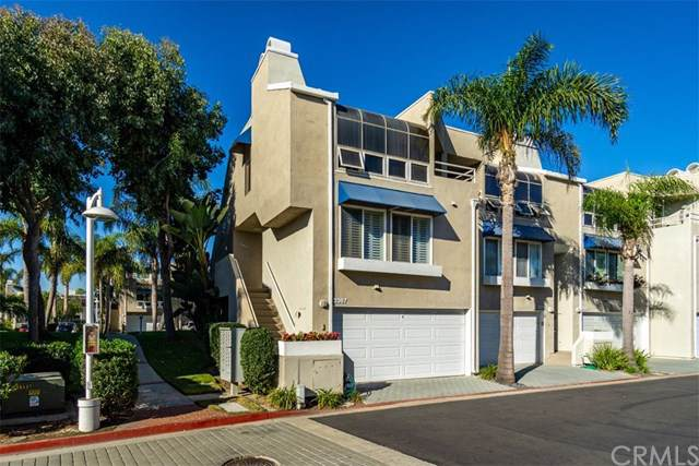 3367 Tempe Drive, Huntington Beach, CA 92649 (#301693534) :: Whissel Realty