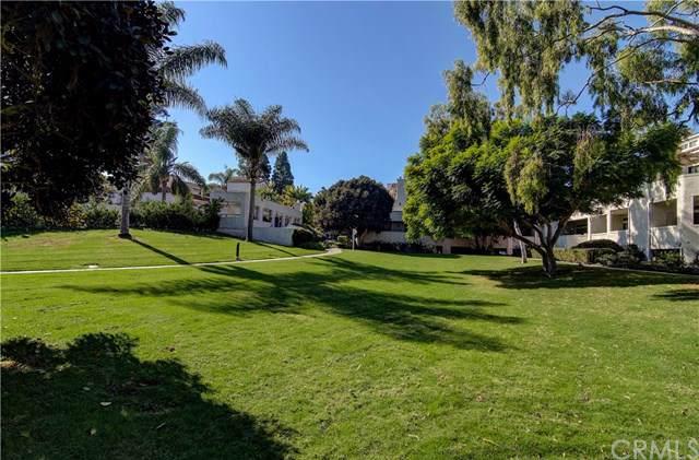 5031 Dorado Drive #211, Huntington Beach, CA 92649 (#301770715) :: Whissel Realty