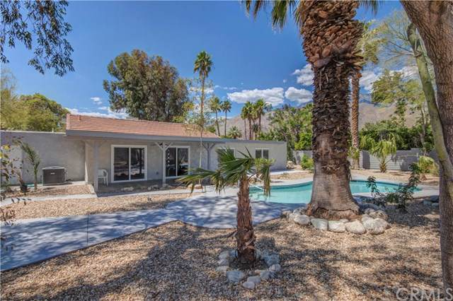 988 E El Conquistador, Palm Springs, CA 92262 (#302107578) :: Whissel Realty