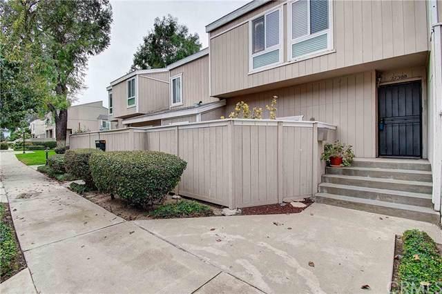 2730 W Segerstrom Avenue B, Santa Ana, CA 92704 (#302203726) :: Whissel Realty