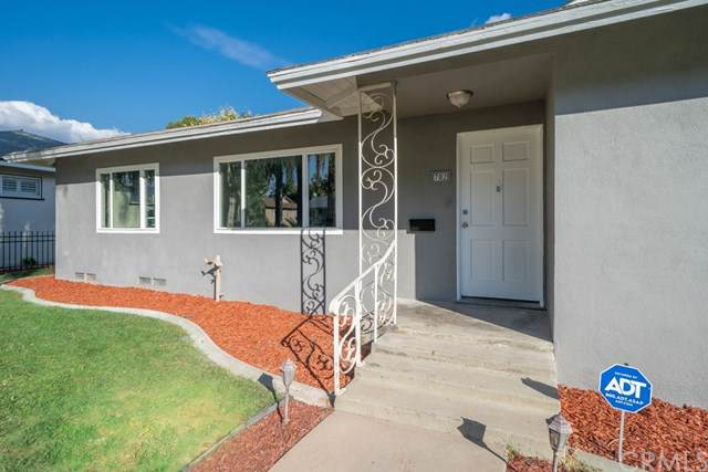 702 N Palm Avenue, Upland, CA 91786 (#302307750) :: Whissel Realty