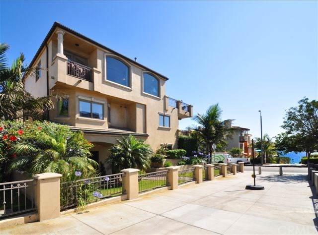 300 16th Street, Manhattan Beach, CA 90266 (#302312383) :: Whissel Realty
