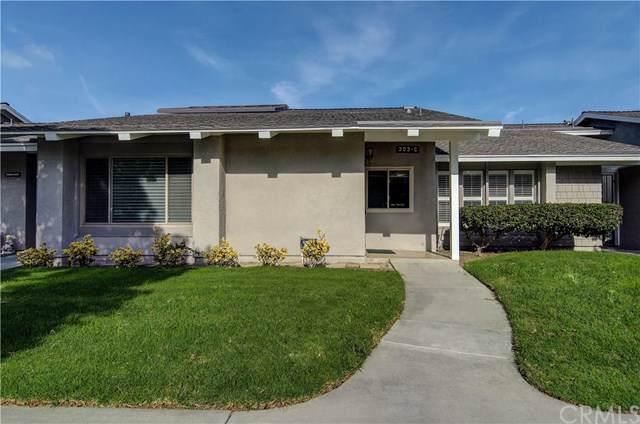 8866 Tulare Drive 303C, Huntington Beach, CA 92646 (#302317782) :: Compass