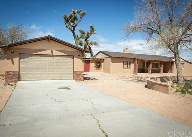 21682 Ramona Road, Apple Valley, CA 92307 (#302477886) :: Keller Williams - Triolo Realty Group