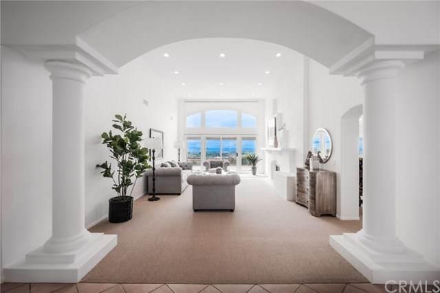 19 Carmel Bay Drive, Corona Del Mar, CA 92625 (#302479256) :: Keller Williams - Triolo Realty Group