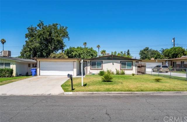 7032 Newbury Avenue, San Bernardino, CA 92404 (#302585536) :: Pugh-Thompson & Associates