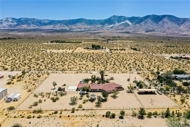 30580 Sherwood Street, Lucerne Valley, CA 92356 (#302613549) :: Whissel Realty