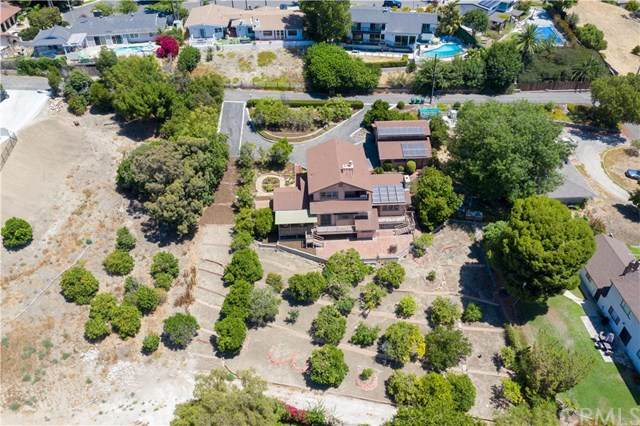 13324 Foothill Boulevard, North Tustin, CA 92705 (#302627033) :: Whissel Realty