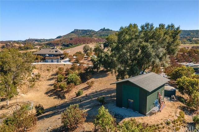40505 Sandia Creek Drive, Fallbrook, CA 92028 (#302945843) :: SD Luxe Group
