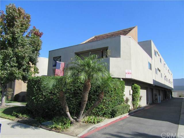 12502 Montecito Road #9, Seal Beach, CA 90740 (#302957446) :: Solis Team Real Estate