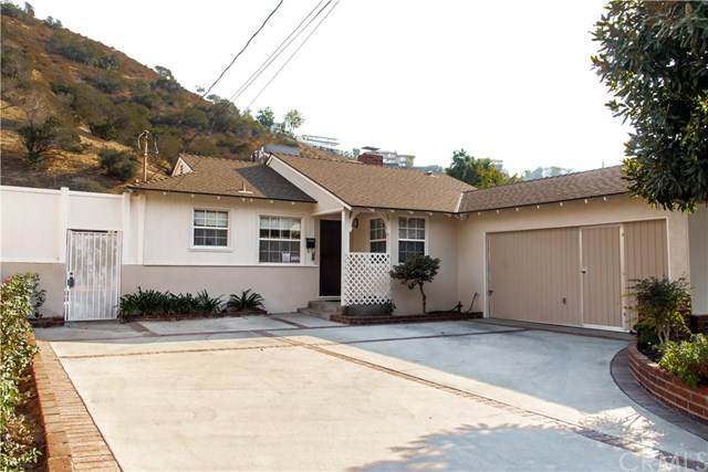 10028 Roscoe Boulevard, Sun Valley, CA 91352 (#302957850) :: Tony J. Molina Real Estate