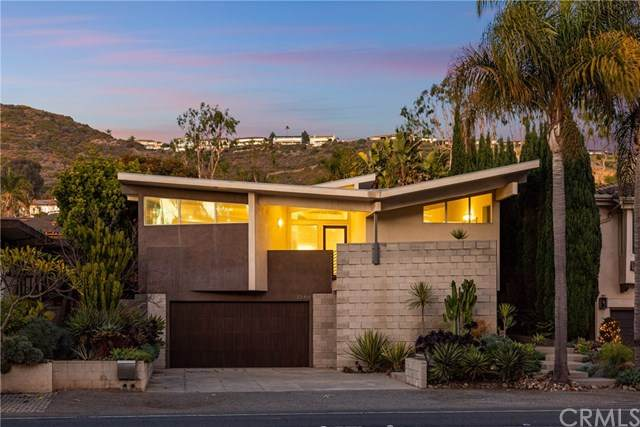 32416 Coast Hwy, Laguna Beach, CA 92651 (#302975858) :: Dannecker & Associates