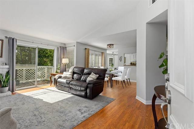 20981 Oakville - Photo 1