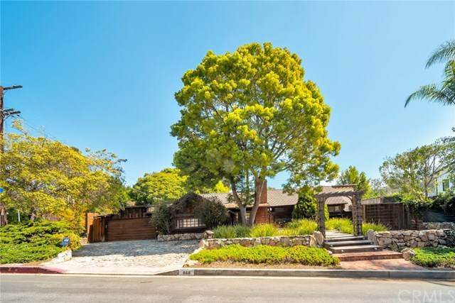868 Brooktree Road, Pacific Palisades, CA 90272 (#PW21063924) :: SD Luxe Group